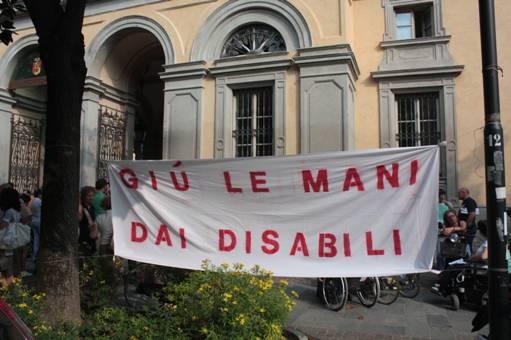 Protesta dei disabilicontro la finanziaria