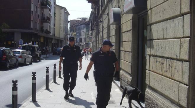 Via Quarenghi, controlli dei carabinieri