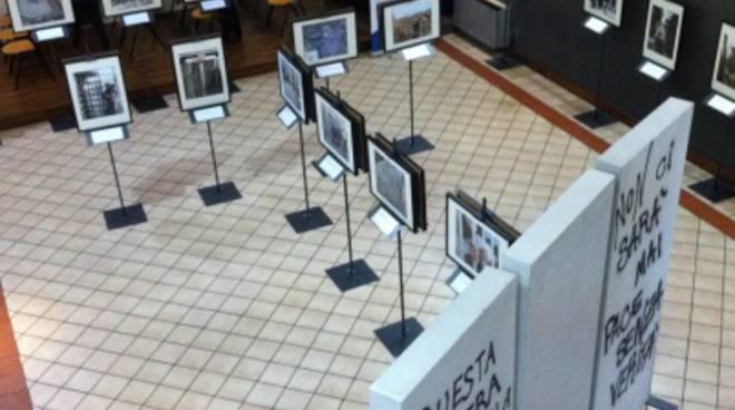"""La mostra """"Il muro, frammenti di occupazione"""""""