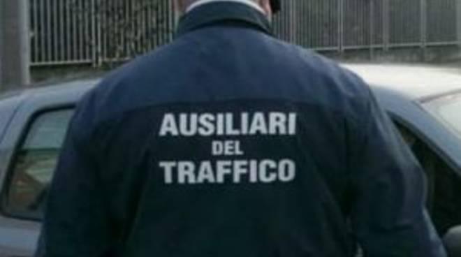 Risultati immagini per ausiliari del traffico