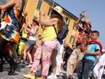 Gruppo boliviano sfila a Bergamo per la Mezza Quaresima