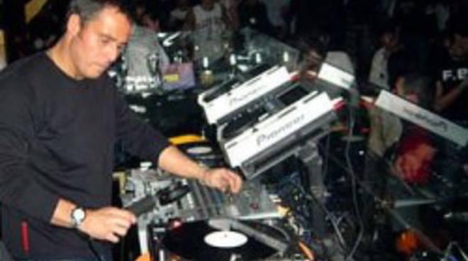 Roberto Intrallazzi* Intrallazzi - Don't Do It (Remix)