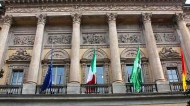 Bilancio 2012 pirovano si dia una mossa bergamo news for Mercatini bergamo e provincia oggi