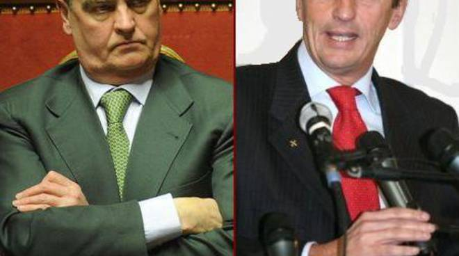 Calderoli chiama Fini: vota i miei emendamenti per i tagli ai costi della politica
