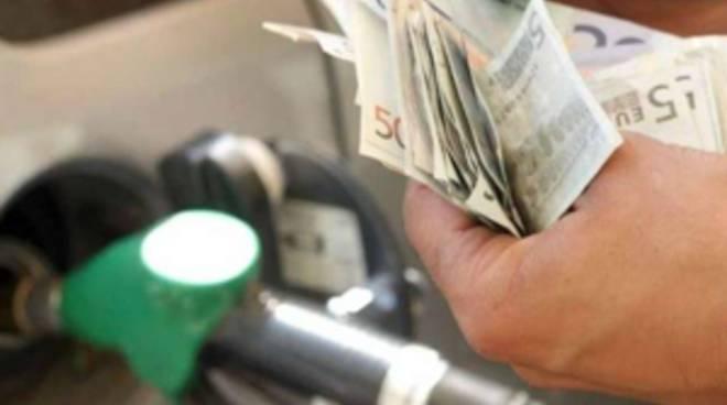 Sconti sulla benzina