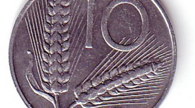 Una moneta da dieci lire