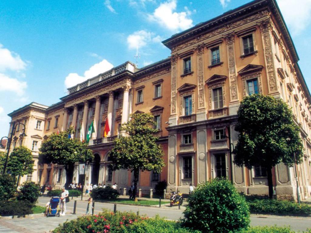 Il palazzo della Provincia in via Tasso