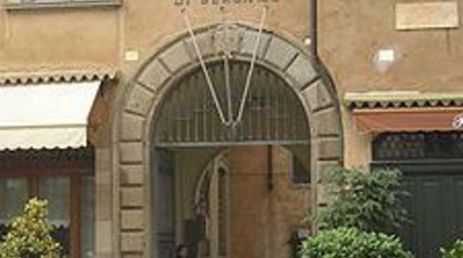 Università, la prima tassa vola a 590 euro