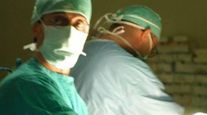 Fiamme in sala operatoria ai Riuniti di Bergamo