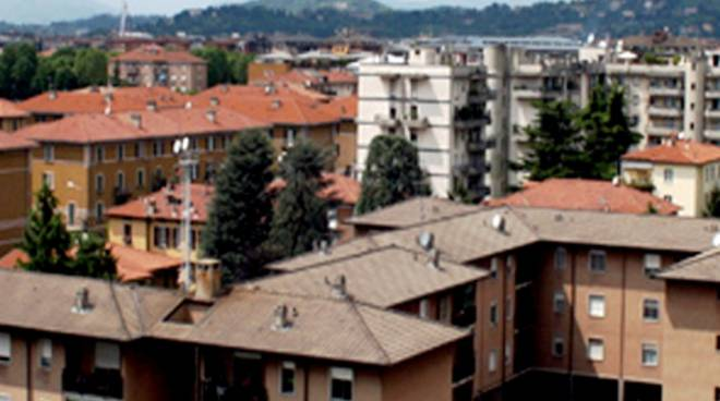 Aler contro tentorio imu troppo alta sono case popolari for Case a bergamo