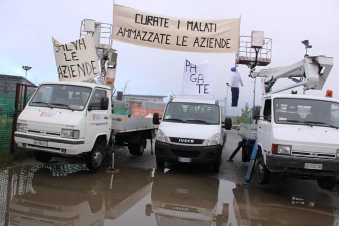 Nuovo ospedale, protesta delle aziende creditrici - 2