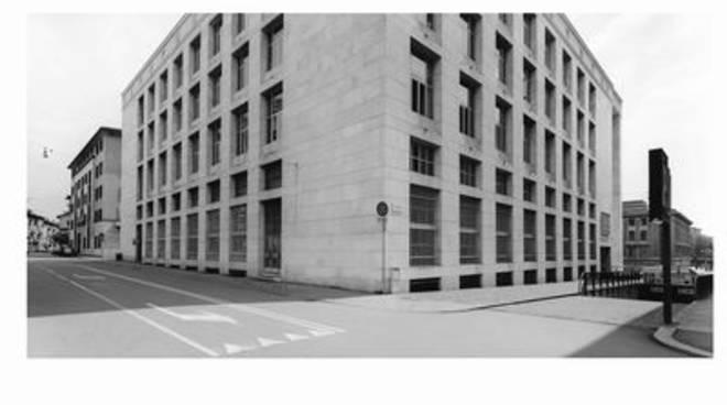 Palazzo della Libertà fotografato da Gabriele Basilico