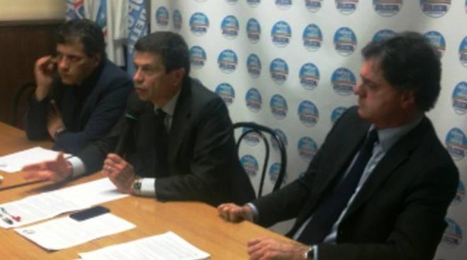 Si chiude la campagna elettorale del Pdl: in sede a Bergamo Jannone, Lupi e Fontana