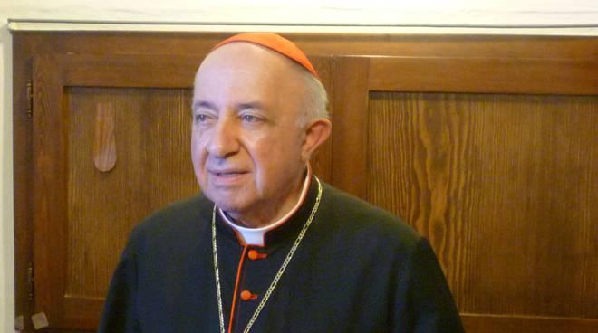 Milano, Cardinale Tettamanzi in gravi condizioni di salute