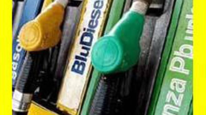 Aumento di benzina e gasolio