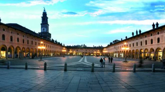 La piazza di Vigevano