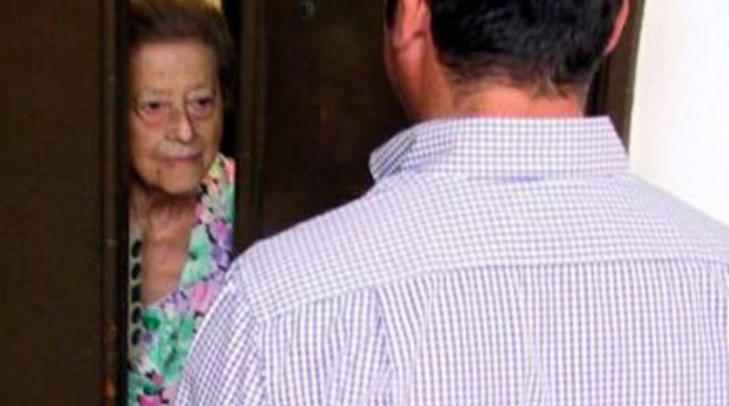 Un incontro a Mozzo per informare gli anziani sui rischi di truffe e raggiri