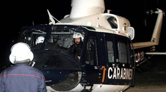Elicottero Notte : Elicottero nella notte nell hinterland di bergamo caccia