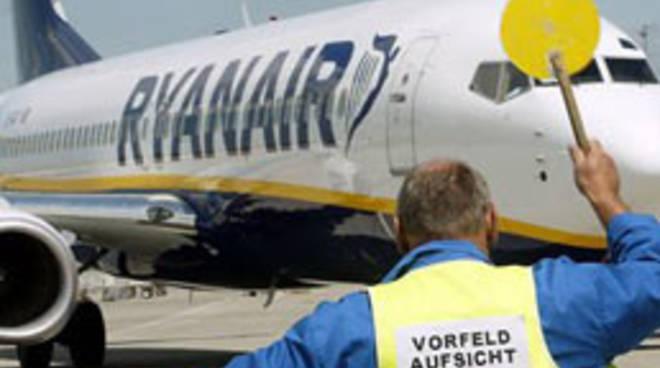 Ryanair nel mirino: e la compagnia denuncia