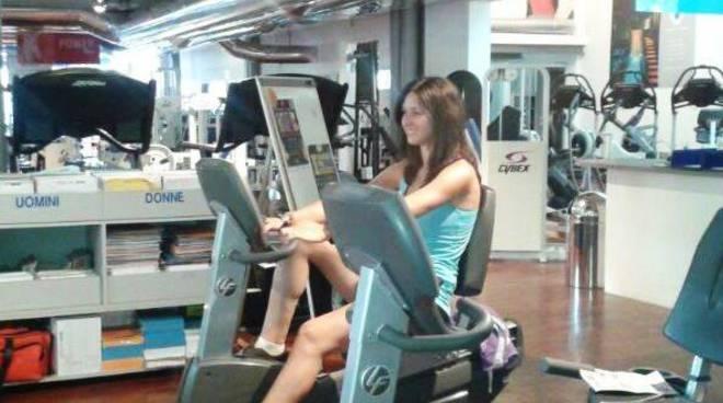 La nostra Francesca al lavoro da Sportpiù