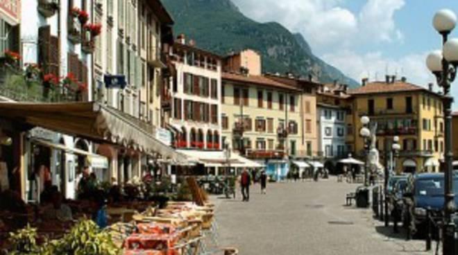 Borghi pi belli d italia lovere si presenta prossimamente su rai 5 bergamo news - Iseo finestre clusone ...