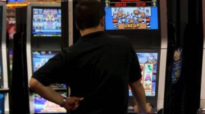 Distanza slot machine dalle scuole lombardia