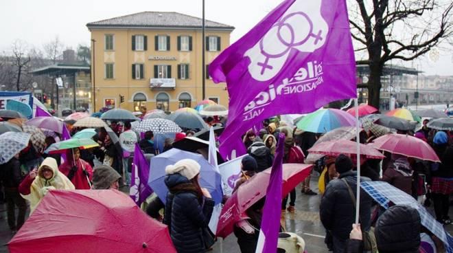 Bergamo contro l'omofobia