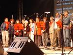 Il coro Pane e guerra