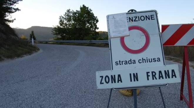 Strada chiusa Riva di Solto