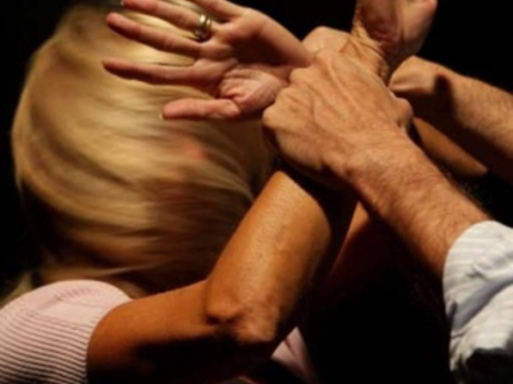 Maltrattamenti sulla moglie