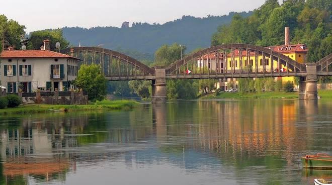 Lavori di manutenzione dopo 100 anni chiude il ponte di for Piani di fondazione del ponte