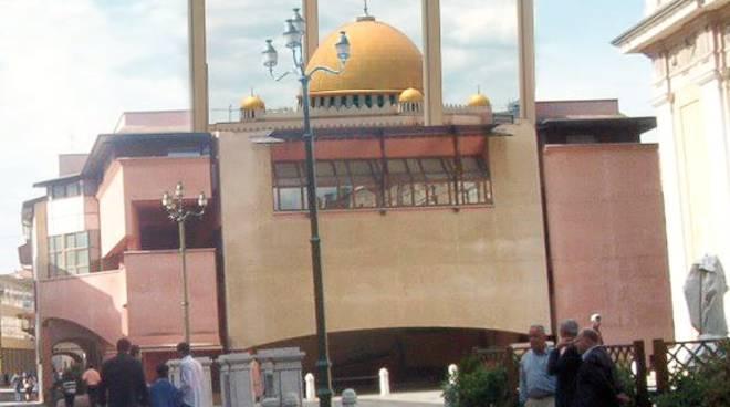 La moschea immaginaria in centro