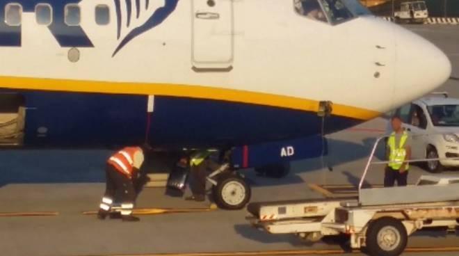 Lancio dei bagagli a Orio