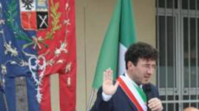 Il sindaco Pelliccioli toglie gli armamenti ai vigili