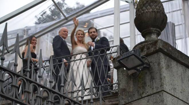 Nozze Trussardi-Hunziker, la felicità degli sposi