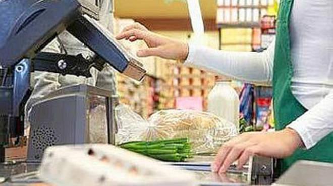 Rapina al supermercato di Nese