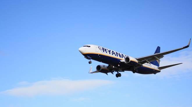 PuntualitĂ ed efficienza, Alitalia e Ryanair volano basse nella classifica Airhelp