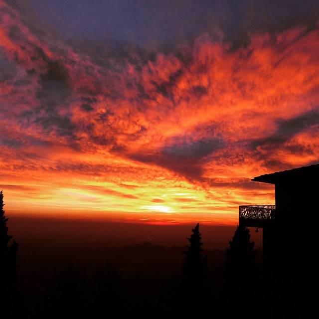 Trionfo del tramonto|nel cielo di Bergamo