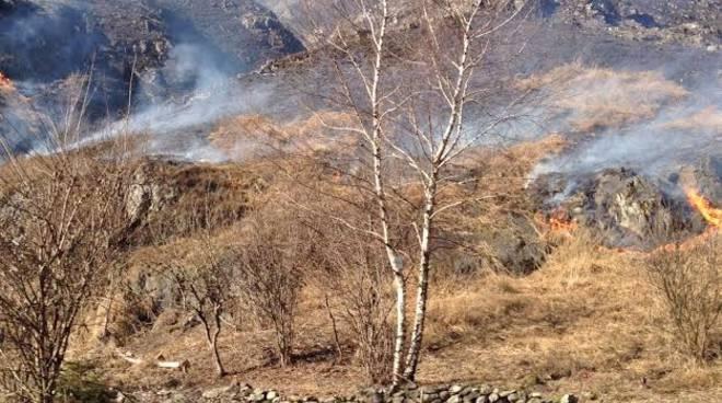 L'incendio a Ponte Nossa
