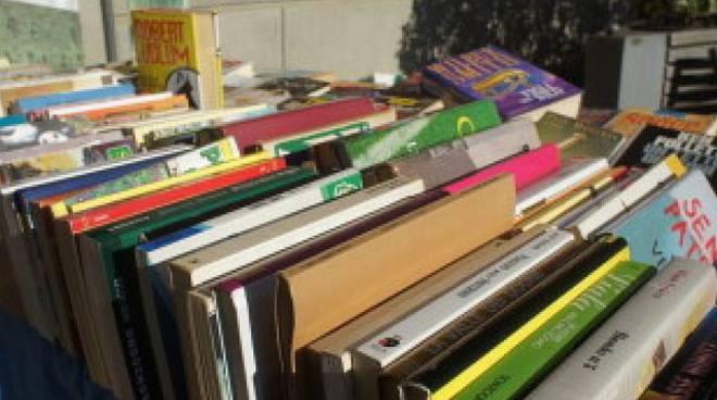 Biblioteche di bergamo nasce il mercatino dei libri for Mercatino usato bergamo