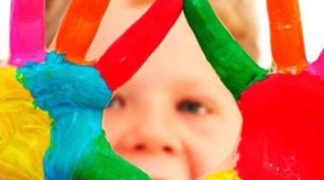 Bambini e colori