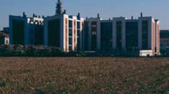 Emergenza case popolari a bergamo gli alloggi ci sono for Case a bergamo