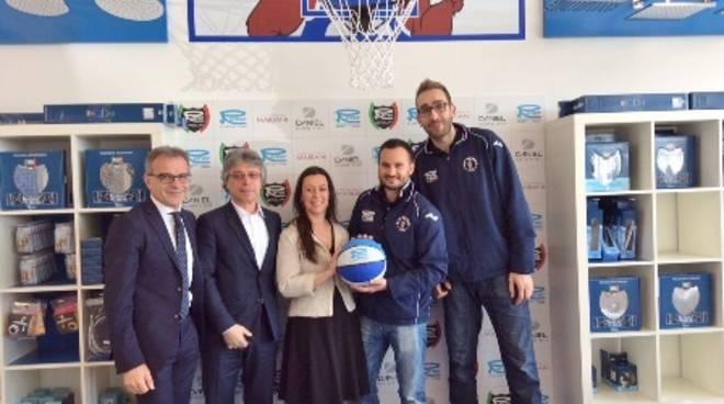 Remer e Blu Basket insieme per altri tre anni