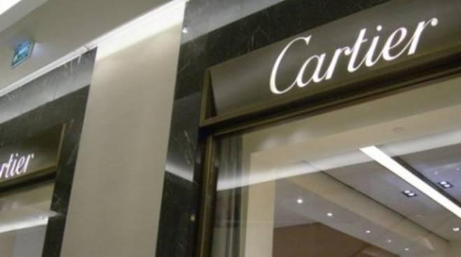 Svaligiata gioielleria Cartier sulla Croisette