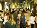 """""""Bergamo Balla"""", migliaia di persone affollano il centro"""