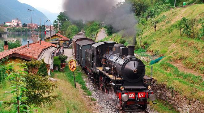 Da Bergamo al Sebino col treno blu