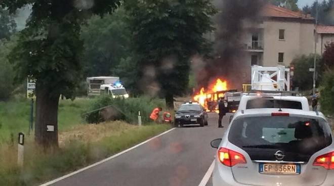 L'incidente a Vigano San Martino (foto di Paola Poli Anesa)
