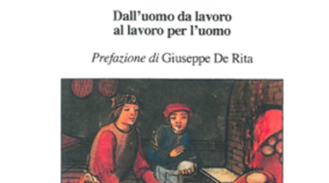La copertina del volume di Nicola D'Amico