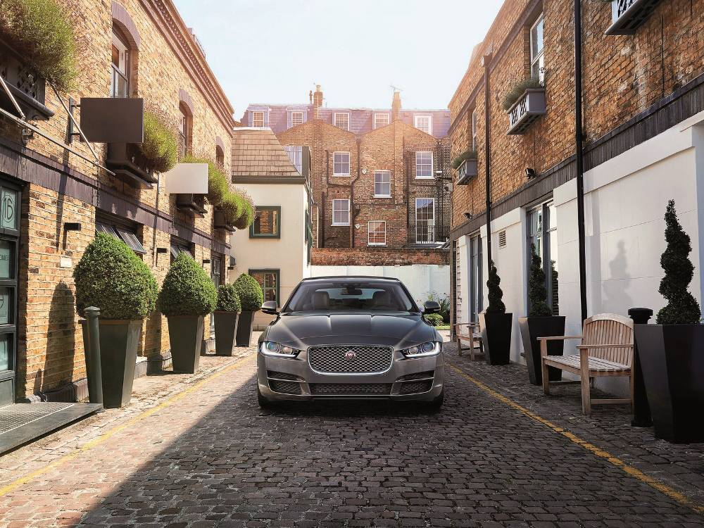 La nuova Jaguar XE arriva a Bergamo