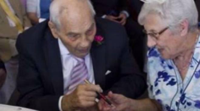Lui 103 anni, lei 91: freschi sposi